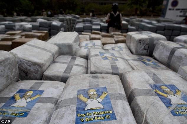 Wsród paczek z marihuaną były również takie z podobizną Homera Simpsona