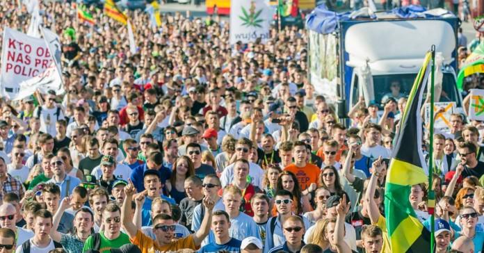 Fotorelacja z Marszu Wyzwolenia Konopi 2015