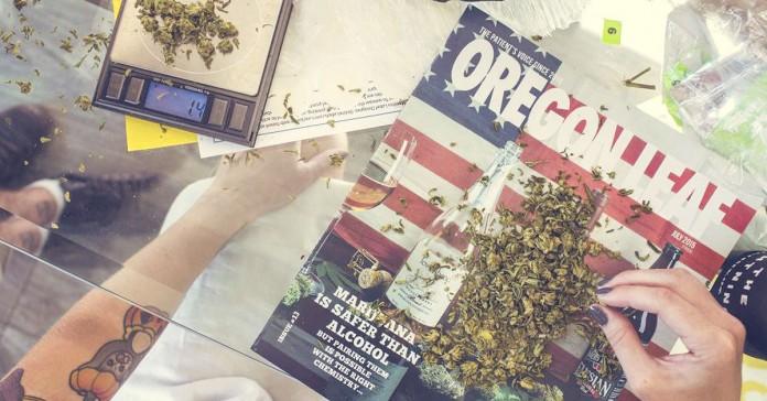 Weed the people w Oregonie