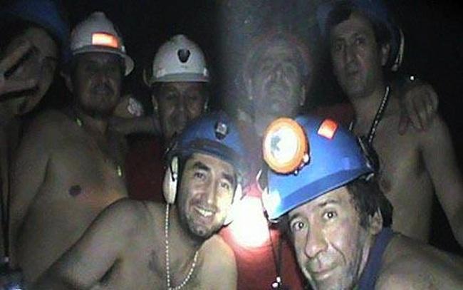 uwięzieni górnicy zabawiali się jointami