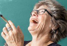 starsi ludzie marihuana