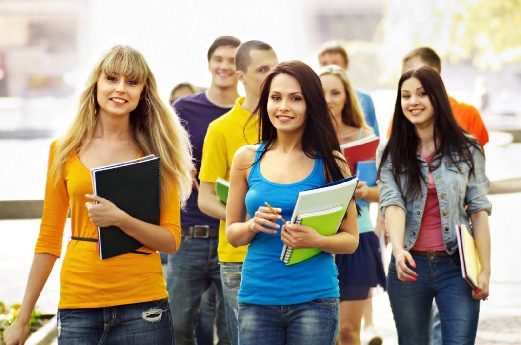 Najzdolniejsi uczniowie chętniej palą marihuanę