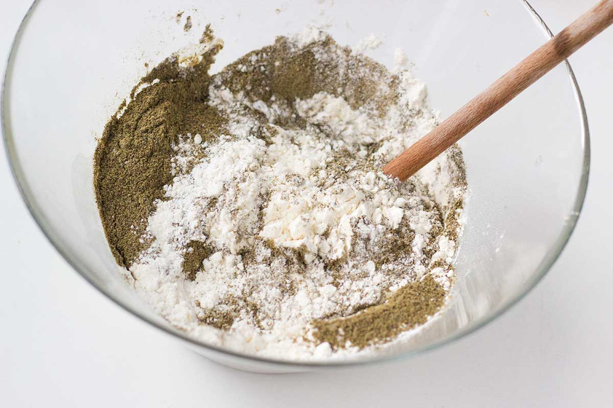 Mąka pszenna i konopna