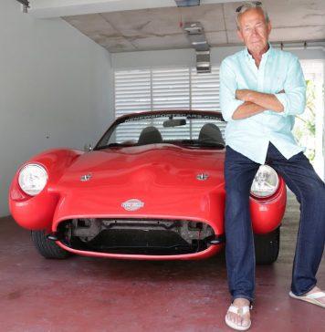 Czerwona Mazda z Konopii Indyjskich