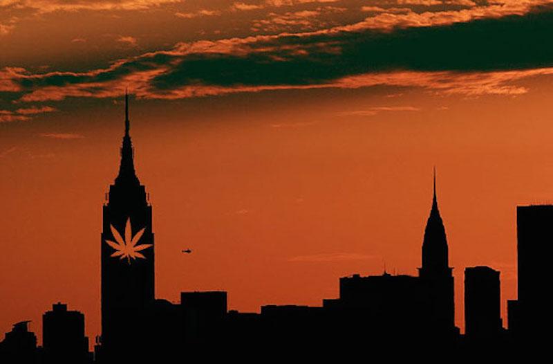 Na manhattanie można legalnie palić marihuanę