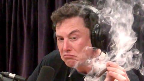 Elon musk zapalił skręta z marihuany