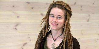 Amanda Lind wzbudza kontrowesje wśród internautów.