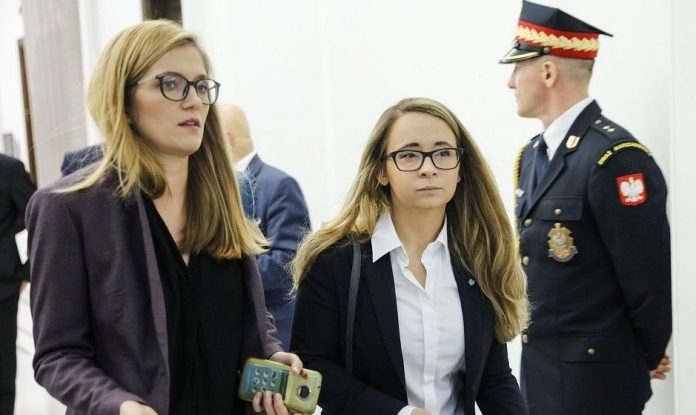 Magdalena Biejat i Marcelina Zawisza próbują rozwiązać problem braków medycznej marihuany w aptekach. Posłanki partii Razem zainterweniowały w imieniu pacjentów u ministra zdrowia.