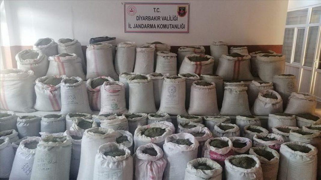 Tak dużych ilości zioła już dawno nie udało się przejąć. W południowo-wschodniej Turcji tamtejsze siły rządowe zgarnęły tonę marihuany i blisko ćwierć miliona krzewów konopi indyjskich.