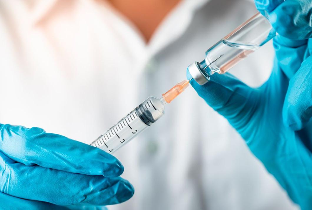 Olej CBD czy szczepionka?